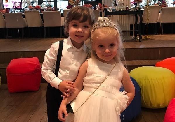 Пугачева иГалкин устроили шикарную вечеринку для собственных детей