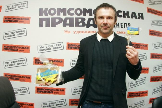 Святослав Вакарчук:  Самые опасные террористы – это человечки в костюмах и галстуках