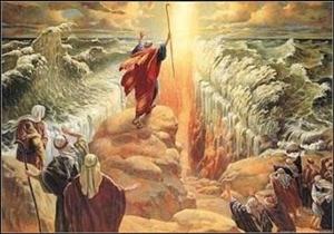 Благодаря Моисею евреи избавились от египетского рабства.