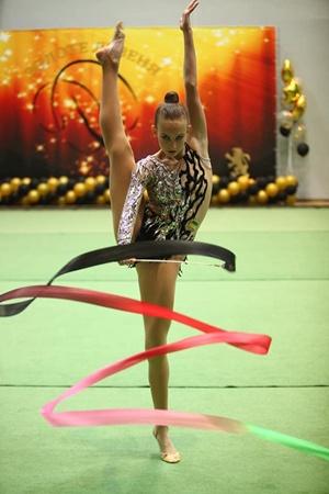 Выступление юных гимнасток в ярких костюмах и под музыкальное сопровождение – это всегда праздник! Фото: facebook