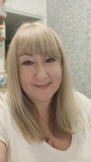 Анна Безай