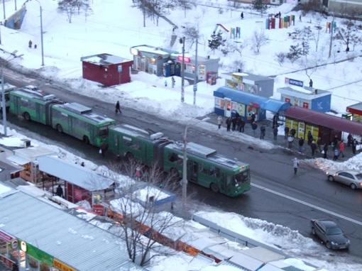 12 троллейбусов стояло в робке около часа. Фото: facebook.com