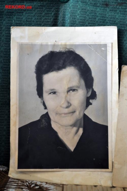 Фотография Евгении Тебенчук, когда она вышла на пенсию.