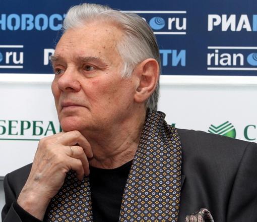 Владимир Андреев сегодня отпразднует на сцене 83-летие. Фото: Павел ДАЦКОВСКИЙ