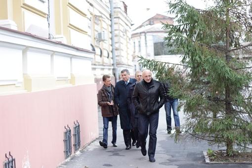 Нардепы Аваков и Пашинский приехали поддержать экс-премьера. Фото: Роман ШУПЕНКО
