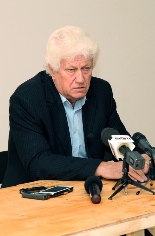 - Видимо, от меня хотят избавиться, - сетует Виталий Куценко. Фото: пресс-центр