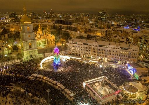 12:00 Новый год в Киеве.