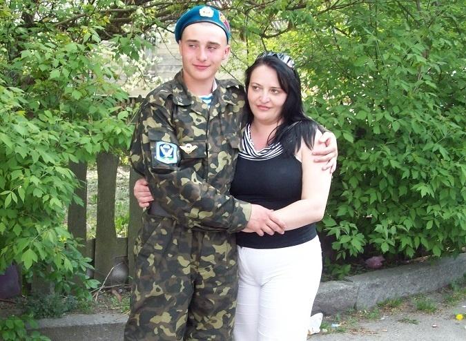 Елена Губина до последнего надеялась, что сына отпустят. Фото: личный архив Елены Губиной.