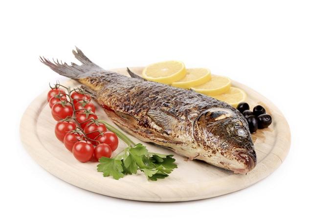 Рыба особенно полезна потому, что в ней содержится много фосфора. Фото: thinkstockphotos