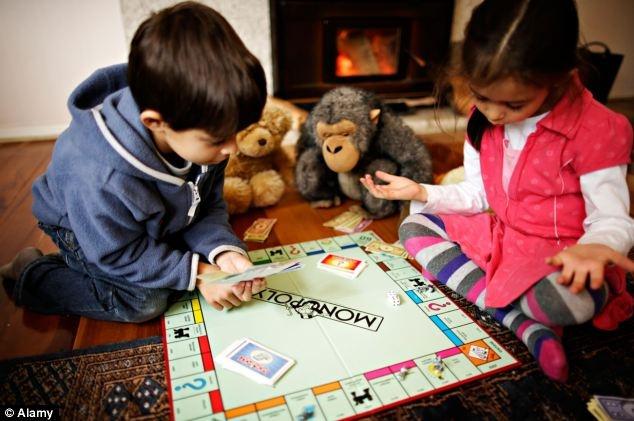 Дети учатся экспансии в бизнесе. Фото: Daily Mail
