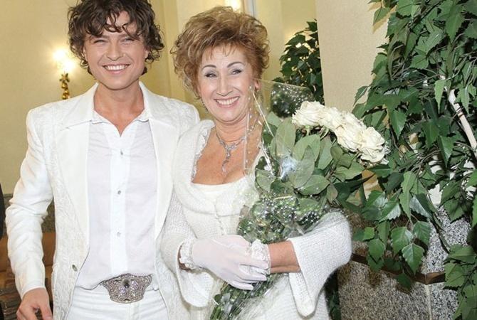 До этого Шаляпин был в отношениях с дамой, намного старше его.
