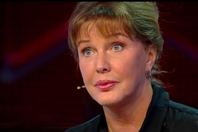 Проклова рассказала о своих романах в присутствии бывшего супруга.