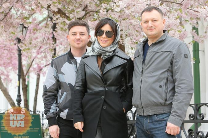 В праздничные дни Каролина встретилась с братьями Игорем (справа) и Андреем.