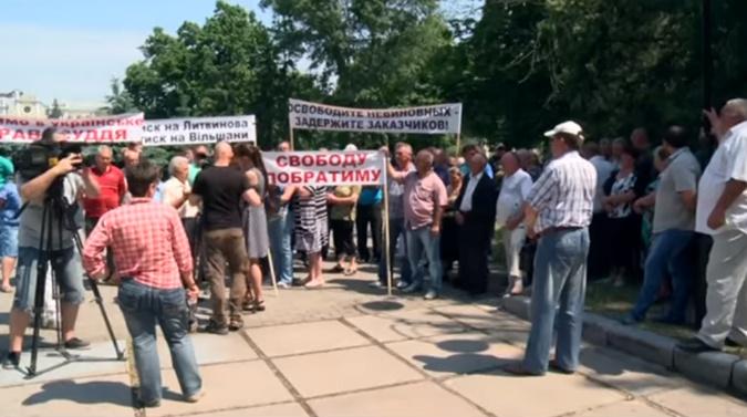 Жители Ольшан вышли на митинг с требованием освободить Алексея Литвинова.