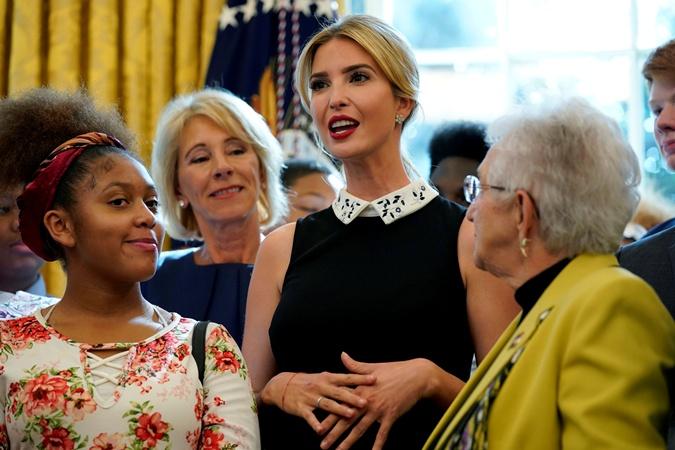 «Переступая порог Белого дома, чувствую мурашки накоже»— Иванка Трамп