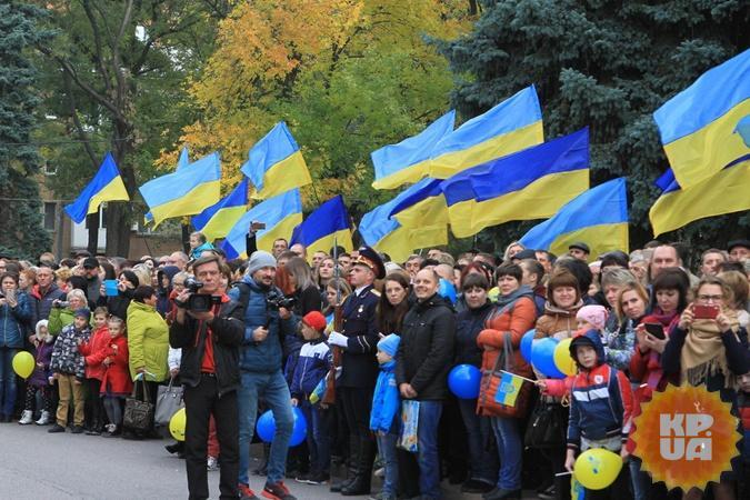 Многие несли фото погибших на Донбассе побратимов, а матери – погибших сыновей. Фото: Павел ДАЦКОВСКИЙ