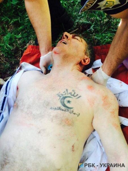 Окуева открыла ответный огонь и ранила киллера.