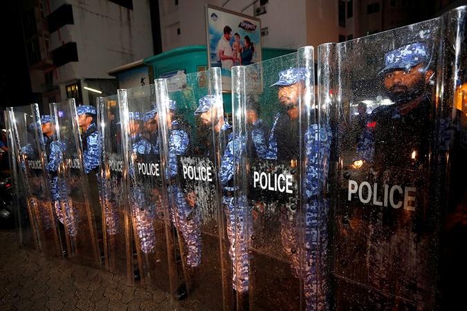 Беспорядки враю: НаМальдивах объявили чрезвычайное положение