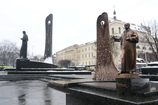 Во Львове создают скульптуры для незрячих фото 2