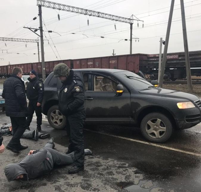 Под Одессой трое молдаван расстреляли из автомата машину местного фермера фото 2