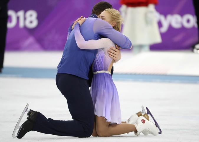 Алена Савченко - Бруно Массо / Aliona SAVCHENKO - Bruno MASSOT GER - Страница 22 24328406