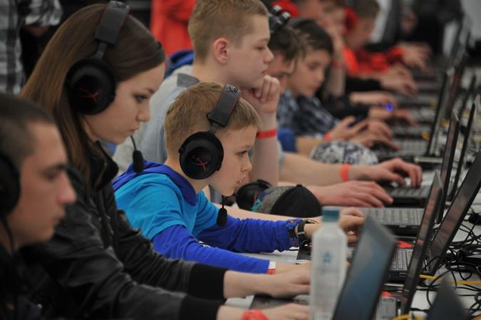 Украинские дети сегодня имеют возможность бесплатно осваивать азы компьютерного программирования благодаря международному проекту Code Club Global.