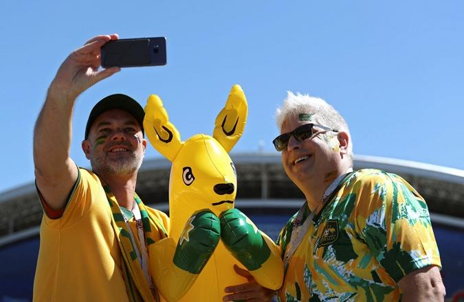 За Австралию - кенгуренок-боксер, а за Бразилию - злой Канариньо фото 4