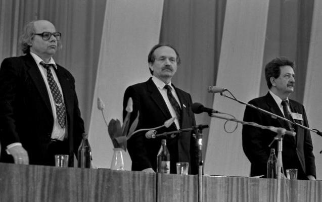 Драч и Черновол (второй слева) в 1991 году создавали Народных Рух. Фото: открытые источники