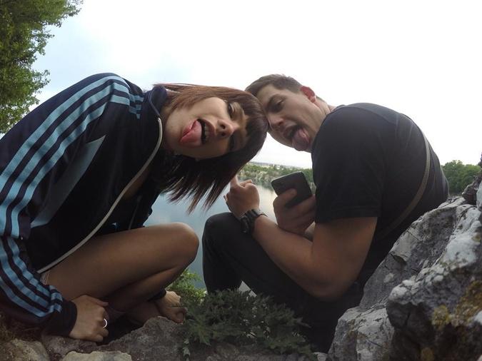 Сейчас Дина живет со своим парнем Богданом, который увидел ее во время одного из выпусков проекта
