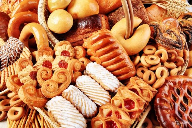 Из-за сладостей человек чувствует упадок сил. Фото: МУП