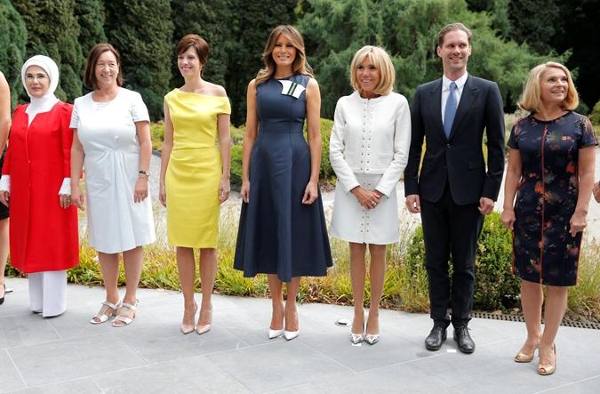 Наряды первых леди на саммите НАТО: скромные фасоны, но модные цвета  фото 2
