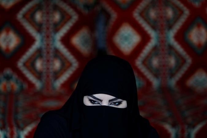 Мундиаль в Катаре: алкоголь - под запретом, девушки - под паранджой фото 1