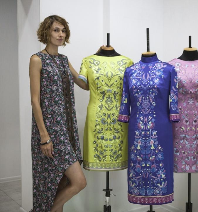 Платье для Марины Порошенко ко Дню Независимости шили месяц фото 2