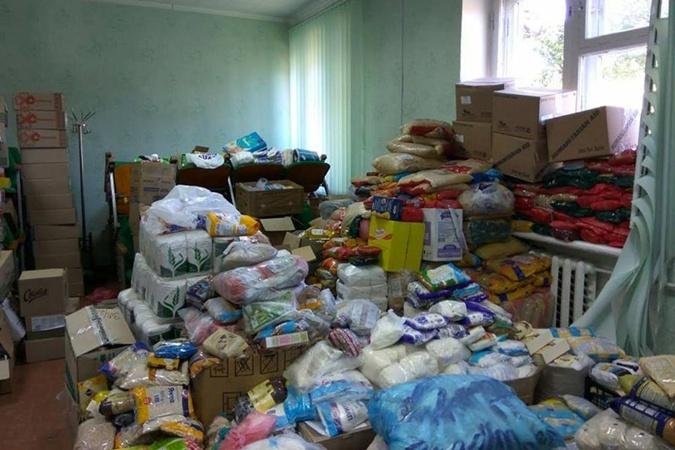 Гуманитарная помощь пострадавшим прибыла не только из соседних регионов, но и из Германии. Фото: Фейсбук