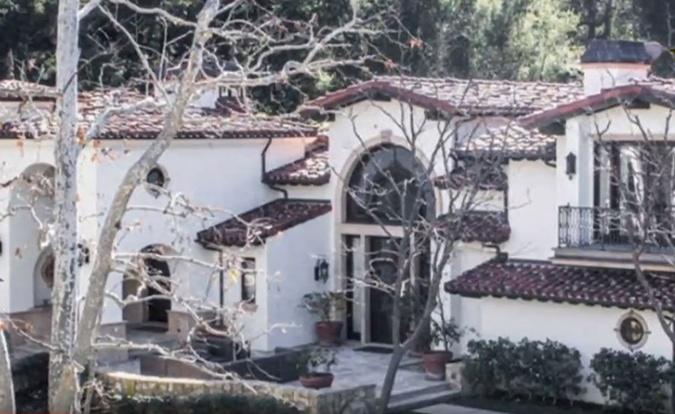 Голливудские пожары звездных домов: сгорели полмиллиарда долларов фото 1