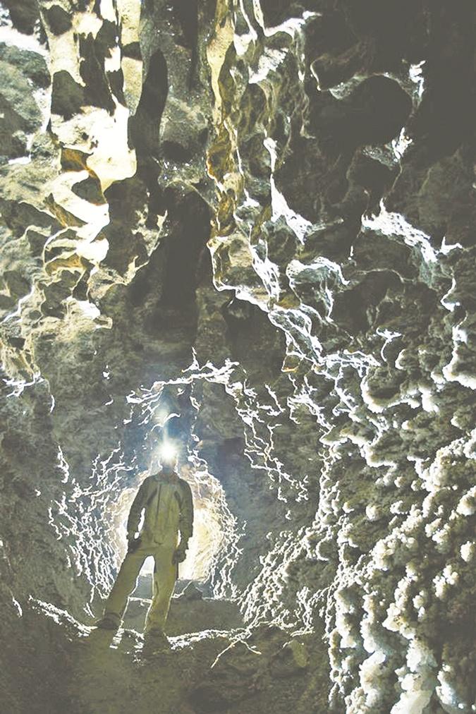 Пещеры Украины: где встретить праздник под землей фото 4