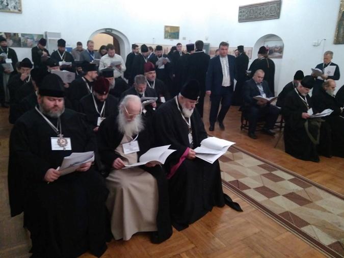 В Киеве прошел Объединительный собор фото 2