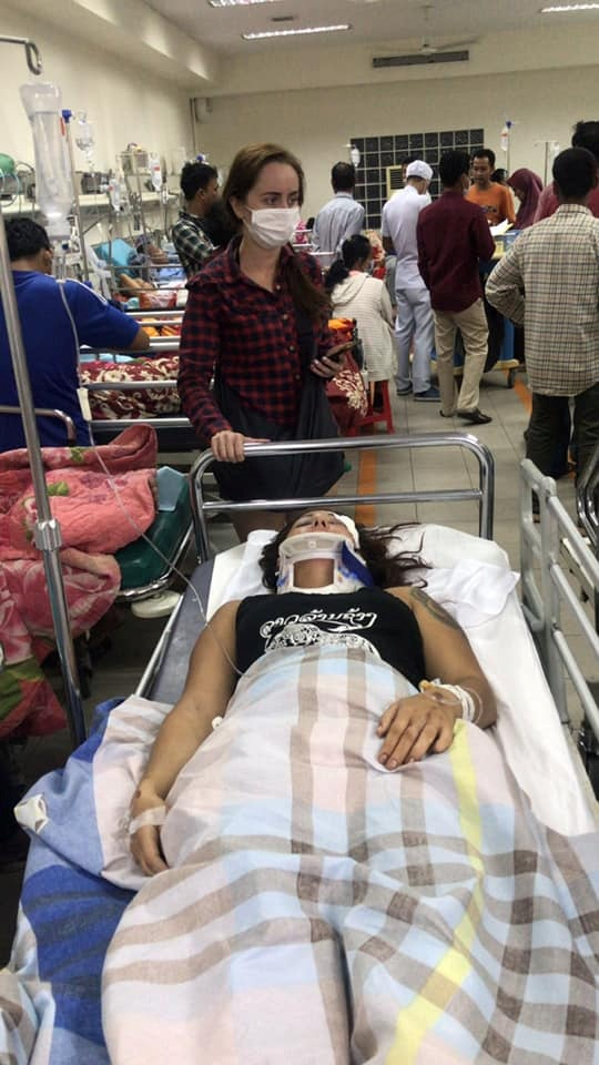 Мама Анны Семеновой, попавшей в Камбодже в страшное ДТП: Помогите спасти мою дочь фото 1