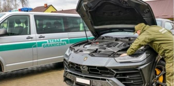 Изъятый Lamborghini Ururs.