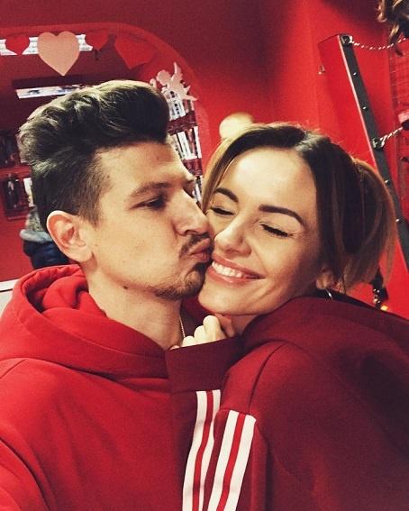 MamaRika и Сергей Середа вместе уже четыре года.