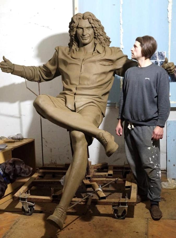 Такой была первая версия макета скульптуры.