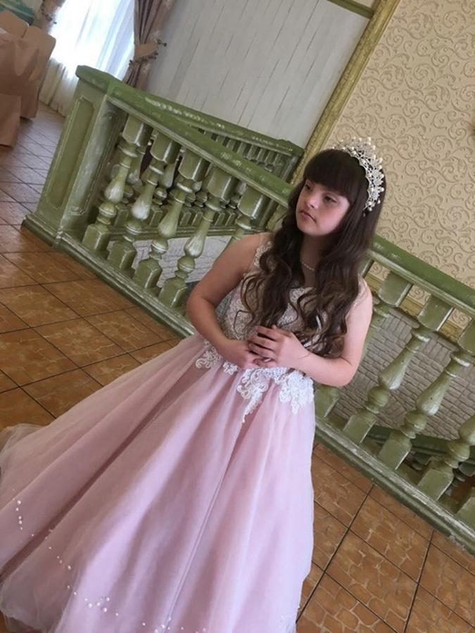 Солнечная девочка из Винницы победила на конкурсе красоты в Чехии фото 1