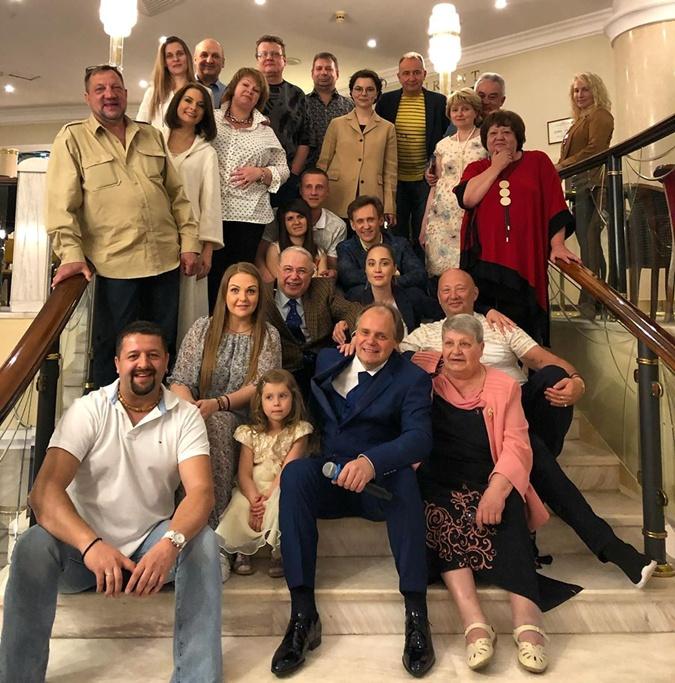 «Непустила напорог»: Степаненко строго разобралась сПетросяном