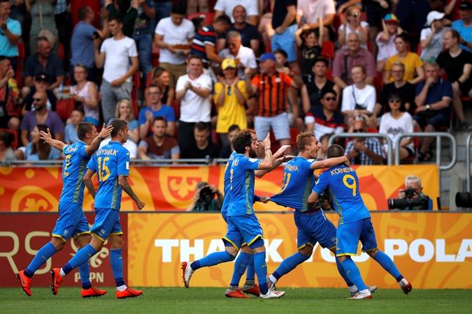 Сборная Украины впервые в истории выиграла чемпионат мира среди команд U-20 фото 2