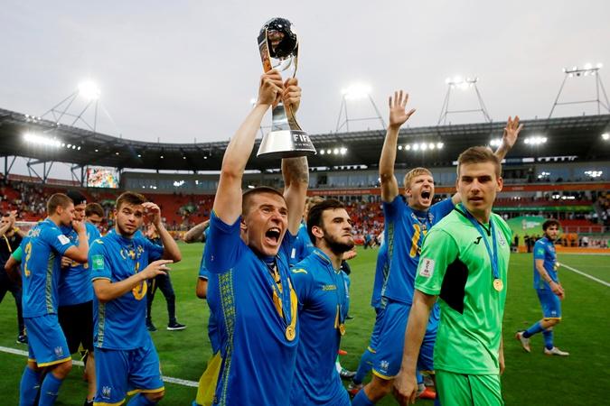 Сборная Украины впервые в истории выиграла чемпионат мира среди команд U-20 фото 4