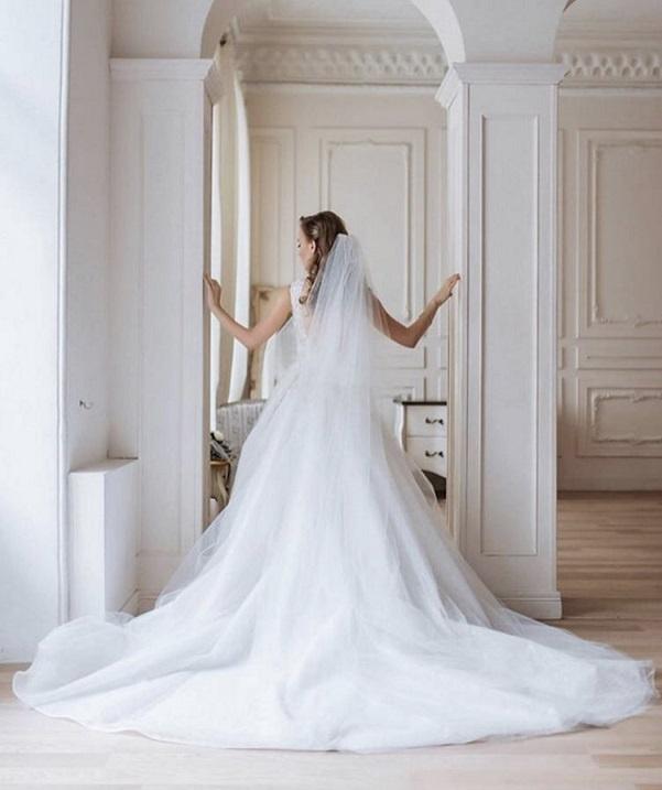 Именно в этом платье Анна Кошмал выходила замуж .Фото: пресс-служба 1+1