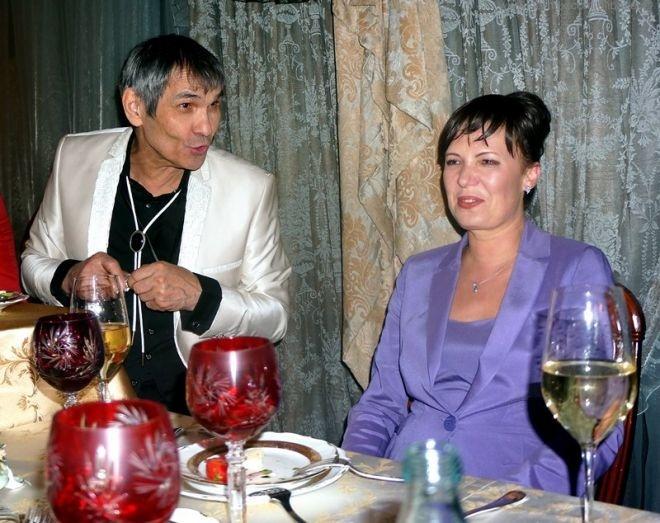 Первая жена Бари Алибасова: Я самодостаточная женщина, и нас с дочерью его наследство не интересует фото 1