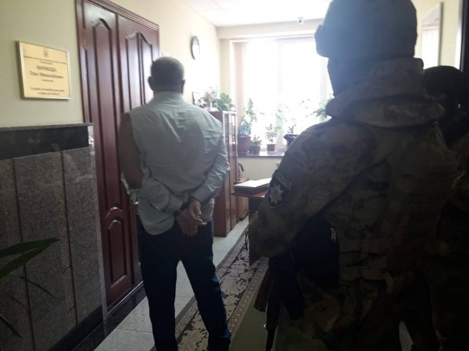 СБУ задержала одесского бизнесмена, который держит в страхе дорожные службы фото 1