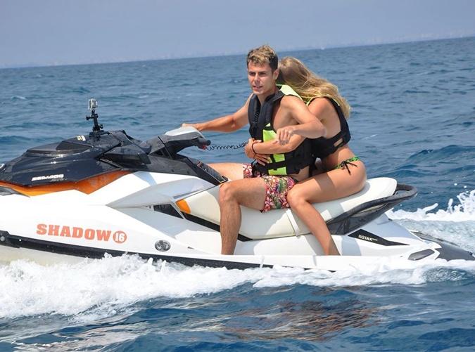 Даяна с парнем весело проводит выходные в Турции. Фото: instagram.com/g__well