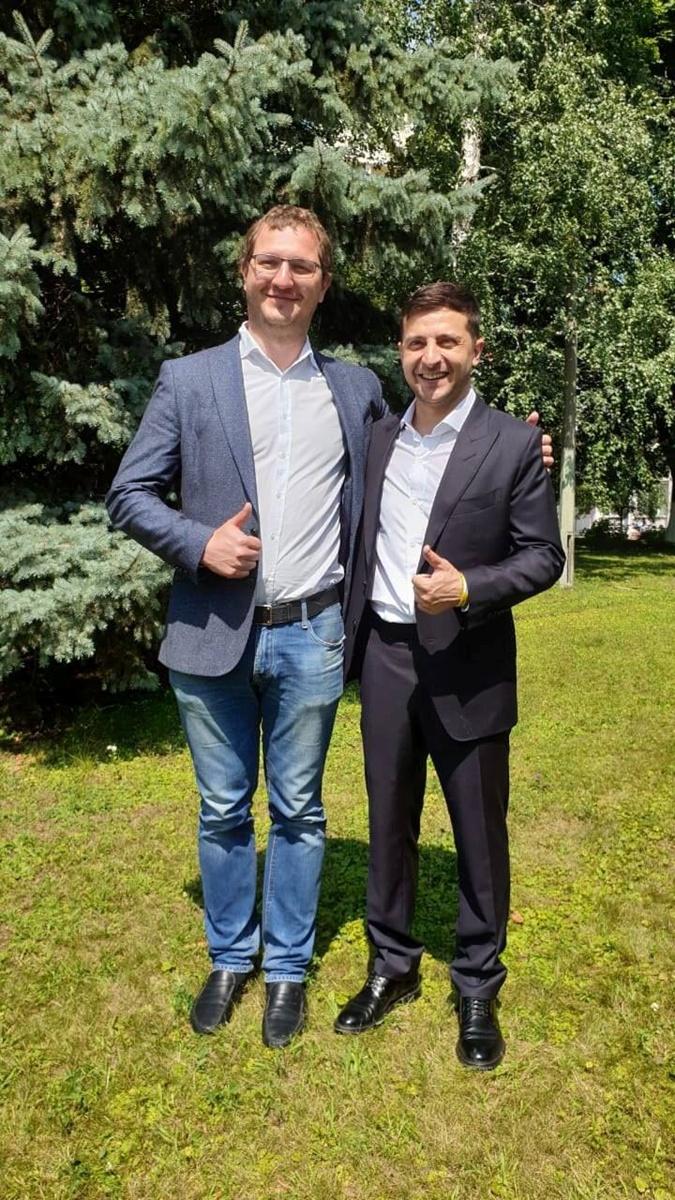 Врачи, ведущие и рестораторы: кто победил на округах в Киеве  фото 3